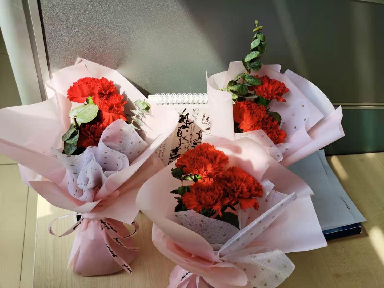 凯能鲜花送女神,祝福全天下女士幸福安康